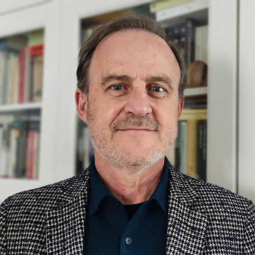 Santiago Castellanos, psicoanalista y médico. Consulta en Madrid zona Retiro